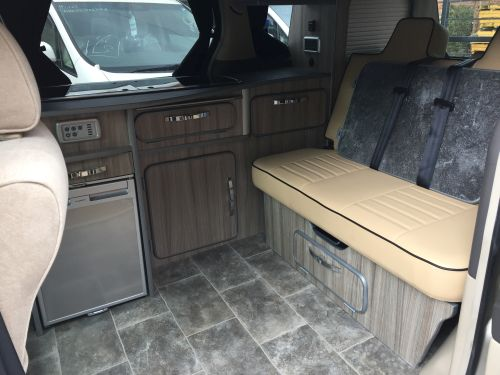 Alphard 42 inch bed